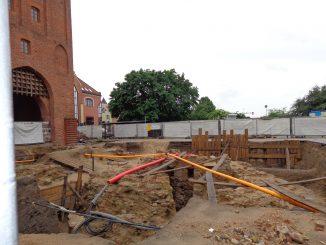 Grabungsarbeiten am Hohen Tor in Olsztyn/Allenstein, Foto: B.Jäger-Dabek