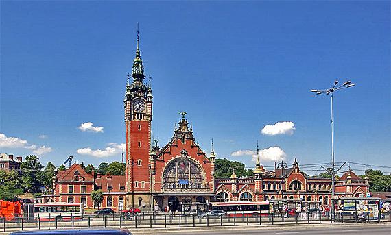 Wird modernisiert: Der Danziger Hauptbahnhof, Foto: Elke Wetzig (Elya), CC BY-SA 3.0