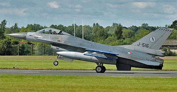 F-16AM Fighting Falcon der niederländischen Luftwaffe, Foto: Aldo Bidini, GFDL 1.2