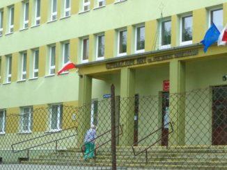 Kein Andrang vor den Wahllokalen, Foto: B.Jäger-Dabek