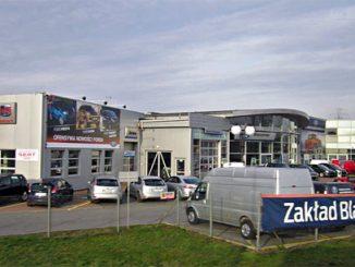 Gut und günstig - Autowerkstatt in Polen, Foto: Henryk Borawski, CC BY-SA 3.0