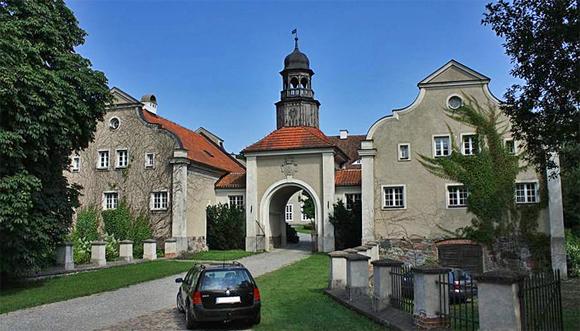 Schloss Gallingen Pałac Galiny; Foto: Ludwig Schneider, GFDL, CC-BY-SA-3.0,2.5,2.0,1.0