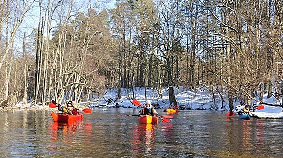 Im Winter auf der Krutynia paddeln, Foto: Poln. Fremdenverkehrsamt Berlin
