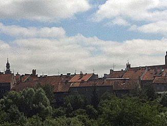 Orneta mit der imposanten Johanniskirche, Foto: MikGom, CC-BY-SA-3.0-PL