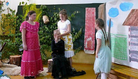 Theatergruppe der Grundschule Krutyn, Foto: B.Jäger-Dabek